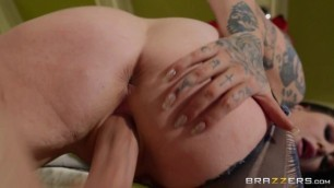 Babe Porn Brazzersexxtra Ophelia Rain Squatters Rights