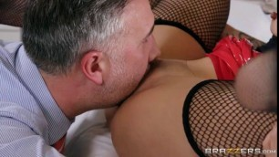 Babe Porn Avery Black My Boss's Daughter Brazzers