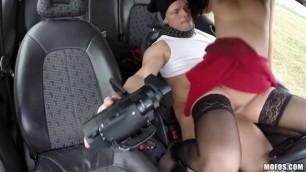 Stranded Hottie Girl Repays The Favor Video Vicky Love Stranded Teens Mofos Vlxxx