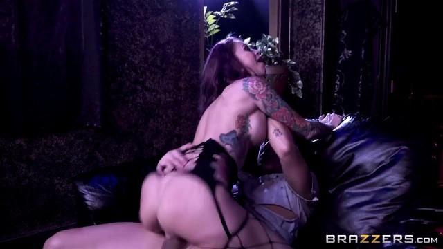 [Brazzers] Monique Alexander (The Exxxceptions Episode 3) Busty Girl Fucked