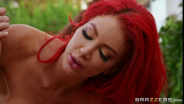 Nicolette Shea Savannah Bond Big Tits Save Lives Brazzers Sluts Who Want To Fuck