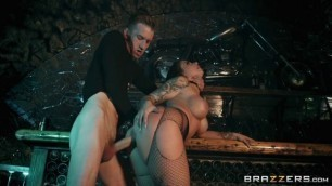 Brazzers Exxtra With Ivy Lebelle In Dystopian Dicking Fuck My Wifes Sister
