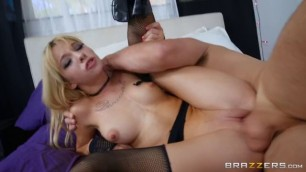 Brazzers Teens Like It Big Kenzie Reeves Bitches Getting Fucked