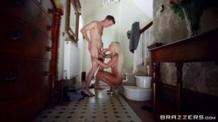 Realwifestories Brazzers Brooklyn Blue Behind Her Husbands Back Naked College Girl
