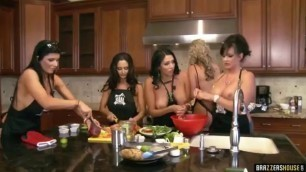 Brazzers House Full 3rd Episode Nikki Benz Romi Rain Cock Too Thick