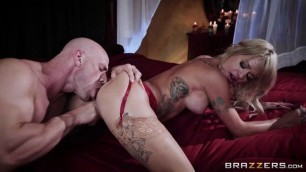 Sammie Six Busty Blonde Playing With Fire Brazzers Exxtra