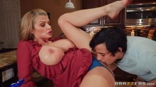 Hot Girls Suck Dick Mommygotboobs Brazzers Joslyn James Moms Got New Boobs