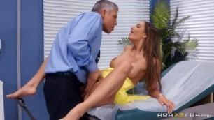 Brazzers Exxtra Desiree Dulce Clitical Check Up Shemale Fuck Xnxx Xom