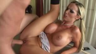 Nikki Benz Bigtitsatschool Freshmans Suck Brazzers Mommy Loves Sex