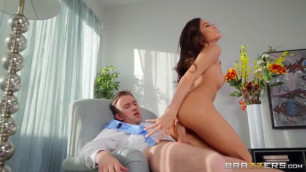 Big Natural Tits Getting Fucked Brazzers Exxtra Vina Sky The Gape That Keeps On Giving Babe Porn