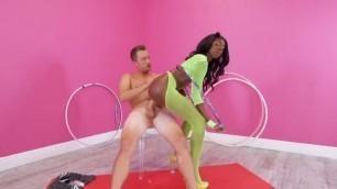 Amazing Ebony Anne Amari Hula Humping Brazzersexxtra Horny Amateur Teen Sex